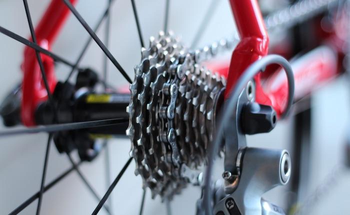 Sykkelreglene som forteller deg om barbering, øl og hvordan du skal behandle sykkelendin